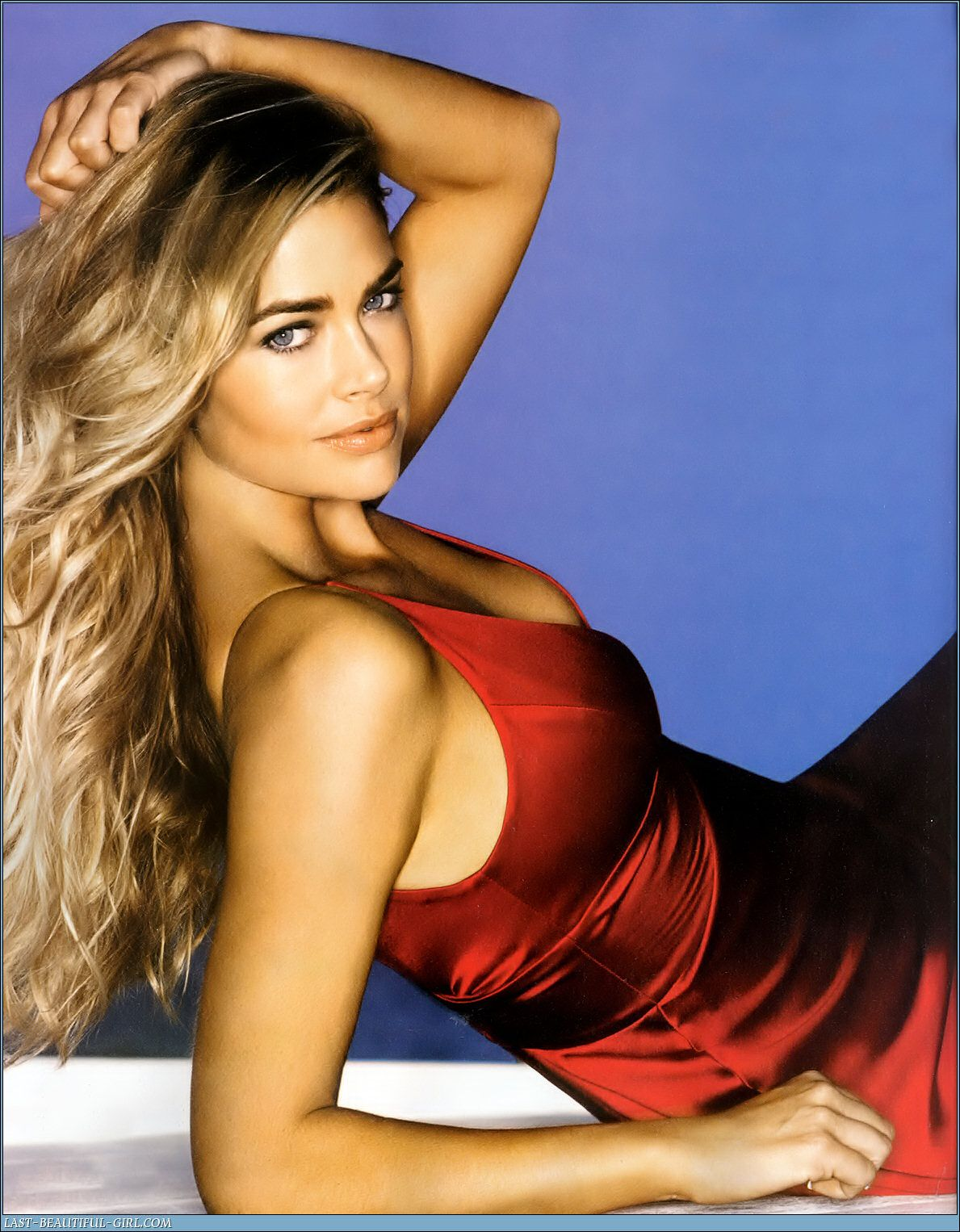Drunk Celebrities and Hot Photos: Denise Richards never dissapoints ...: http://drunk-celebrities.blogspot.com/2007/11/denise-richards-never-dissapoints-she.html
