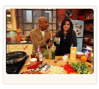 Montel Williams makes his Green Smoothie on the Rachel Ray Show!