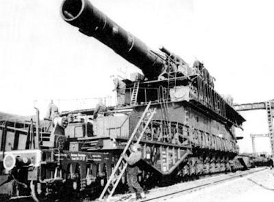 The biggest gun in the world - «Dora»