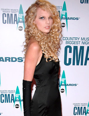 Taylor Swift Natural Hair, Long Hairstyle 2011, Hairstyle 2011, New Long Hairstyle 2011, Celebrity Long Hairstyles 2092