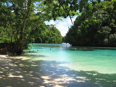 Ngchus Beach, Palau
