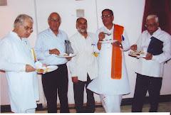 प्रभाकर श्रोत्रिय, रमेश दवे, डॉ. श्याम सुंदर दुबे के साथ
