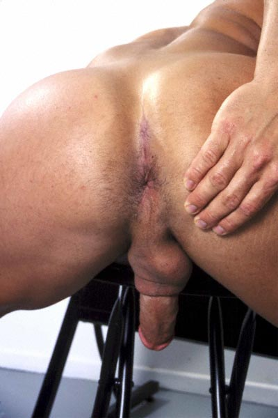 free gay naked men pictures