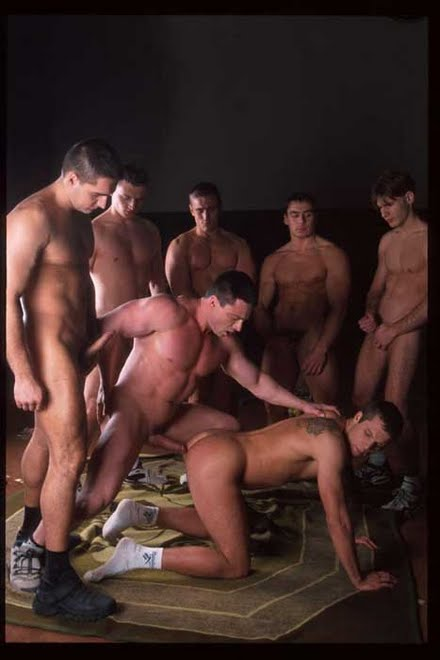 THIS DUDE IS GETTING FUCKED BY SIX HOT DUDES...SEXY WHORE