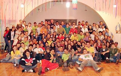 """Nicarágua: Três mil jovens anunciam o Evangelho de """"porta a porta"""" no encerramento do mês missionário"""