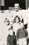 Marion 1937 w children