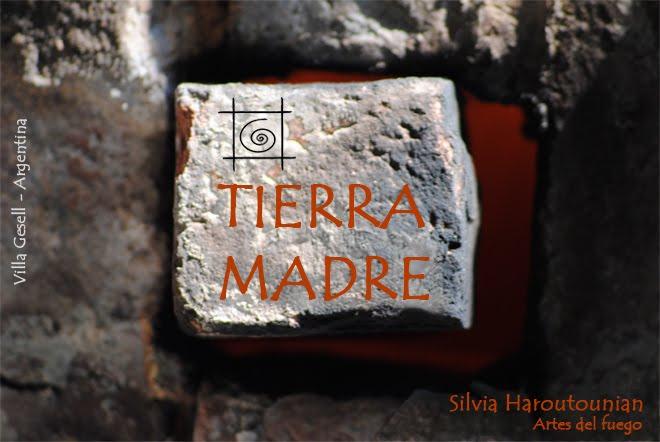 Tierra Madre - Casa Taller