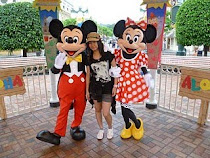 Me & MickeyMinnie =)