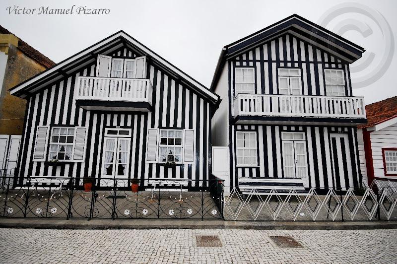 un de madera traditional houses of costa nova estuary of aveiro prata coast portugal ra de aveiro costa da prata
