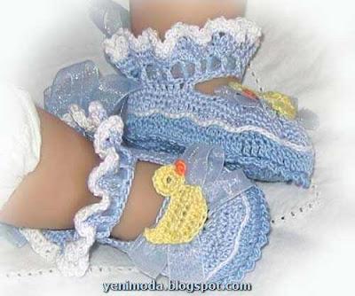 bebek yenimoda.blogspot.com3 0 3 Yas Kiz Cocuklari icin ayakkabi  Modelleri