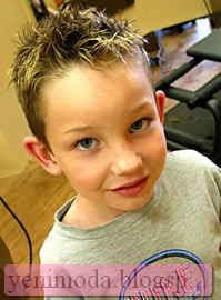 SAC modelleri 10 yenimoda.blogspot.com Çocuk Saç Modelleri Erkek Çocukların Saç Modeli