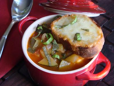 Bacon, zucchini, tomato soup