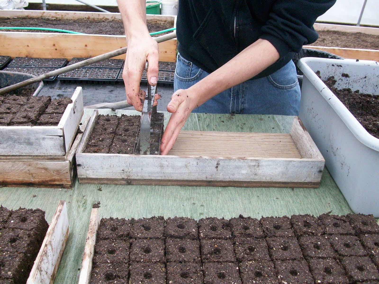 White house gardens csa for Soil block maker
