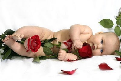 Cute Baby with Rose Flower Pictures | Cute Babies Pics ...