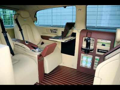 Mercedes Benz Viano Lounge. Mercedes Benz Viano Lounge