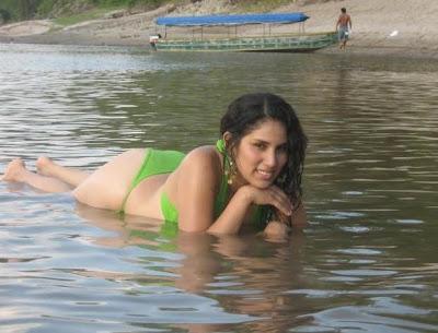 fotos famosas videos de chicas juegos de chicas  Fotos de Tarapotinas