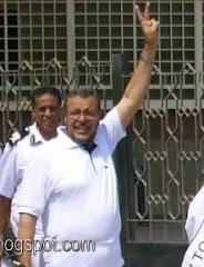 د \ سناء ابوزيد مربى فاضل ورجل غير عادى ونموذج غير عادي للمقاومة