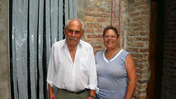 MI PRIMO HERMANO , ROQUE , y su hija MARIA TERESA