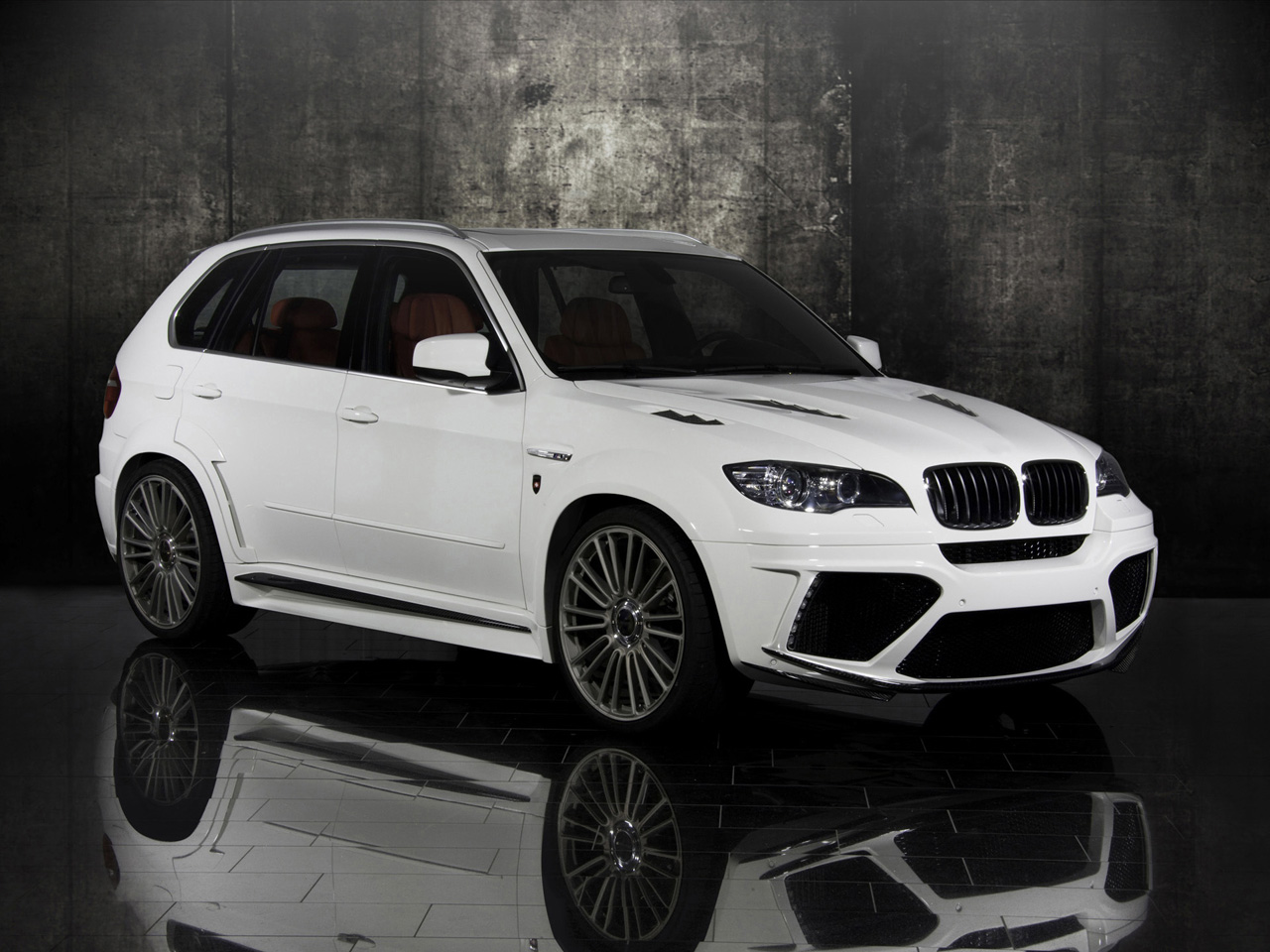 bmw x5 2011 mansory bmw x5 m. Black Bedroom Furniture Sets. Home Design Ideas