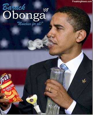 Funny pics Friday! Obama-smoking1