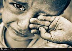 BUGÜN BİR SOKAK ÇOCUĞUNU SEVİNDİRSENİZ.. ERTELEMEYİN LÜTFEN..HER ÇOCUK EŞİT ŞARTLARDA YAŞAYAMIYOR..