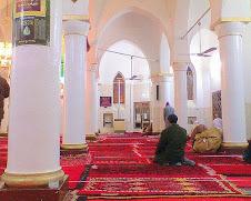 مسجد العتيق من الداخل