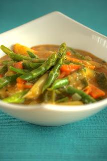 spárgacurry fehér spárga zöldspárga zöld spárga curry zöldséges curry vegetáriánus curry