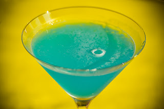 blue arrow koktel cocktail curacao narancslikőr cointreau zöldcitrom lime