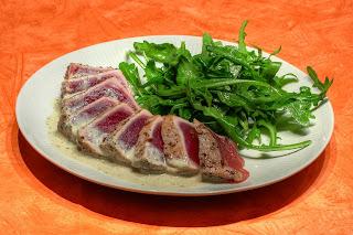 szecsuánbors szecsuáni bors tonhal angolosan sütve menta tahini paszta tahinipaszta tahinimártás tahini mártás segal étterem