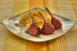 rózsaszín bárányborda báránygerinc bárány hús édesköménygumó ánizskaporgumó ánizskapor narancs házi tészta tagliatelle