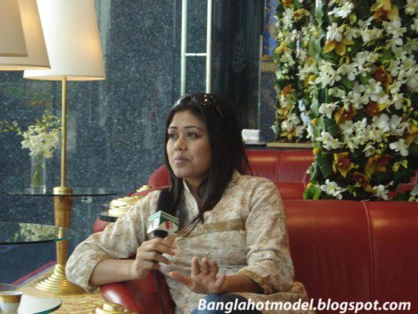Banglarxxx Blogspot Com: Artst Sex Katalu XXX: Presenter Farzana Brownia Most Hot