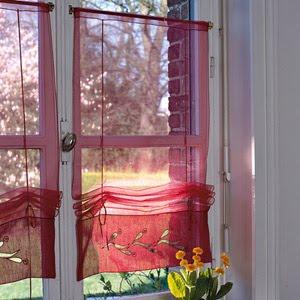 Visillos para armarios y ventanas.