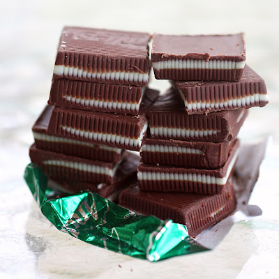 These Andes Mint Cookies are filled with Andes mints and are a whole lot of chocolate. the-girl-who-ate-everything.com