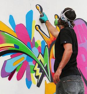http://3.bp.blogspot.com/_A3tk-adQ_P4/SP4JtZsFqtI/AAAAAAAAAJU/-38zlr5FcDU/s320/Graffitis_38.jpg