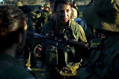 IDFWomenDoubleTapper