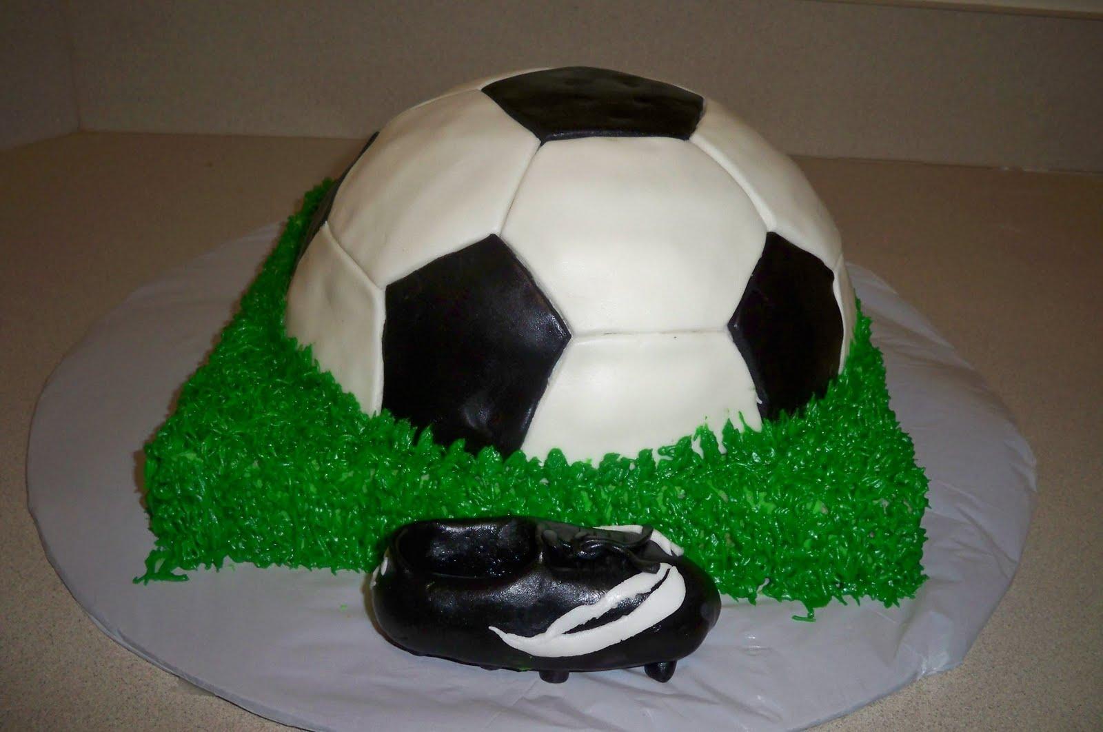 Soccer Ball Cake Images :