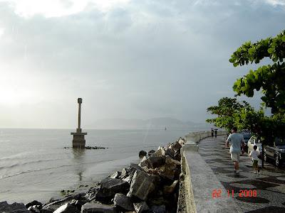 Ponta da Praia - Santos - 22/11/2008 - foto de Emilio Pechini
