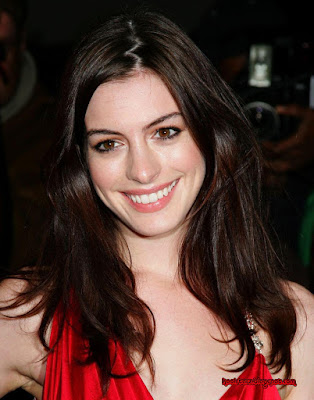 Anne Hathaway cool star no 1