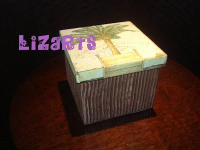 Caixa em mdf com textura e decoupage, palmeira