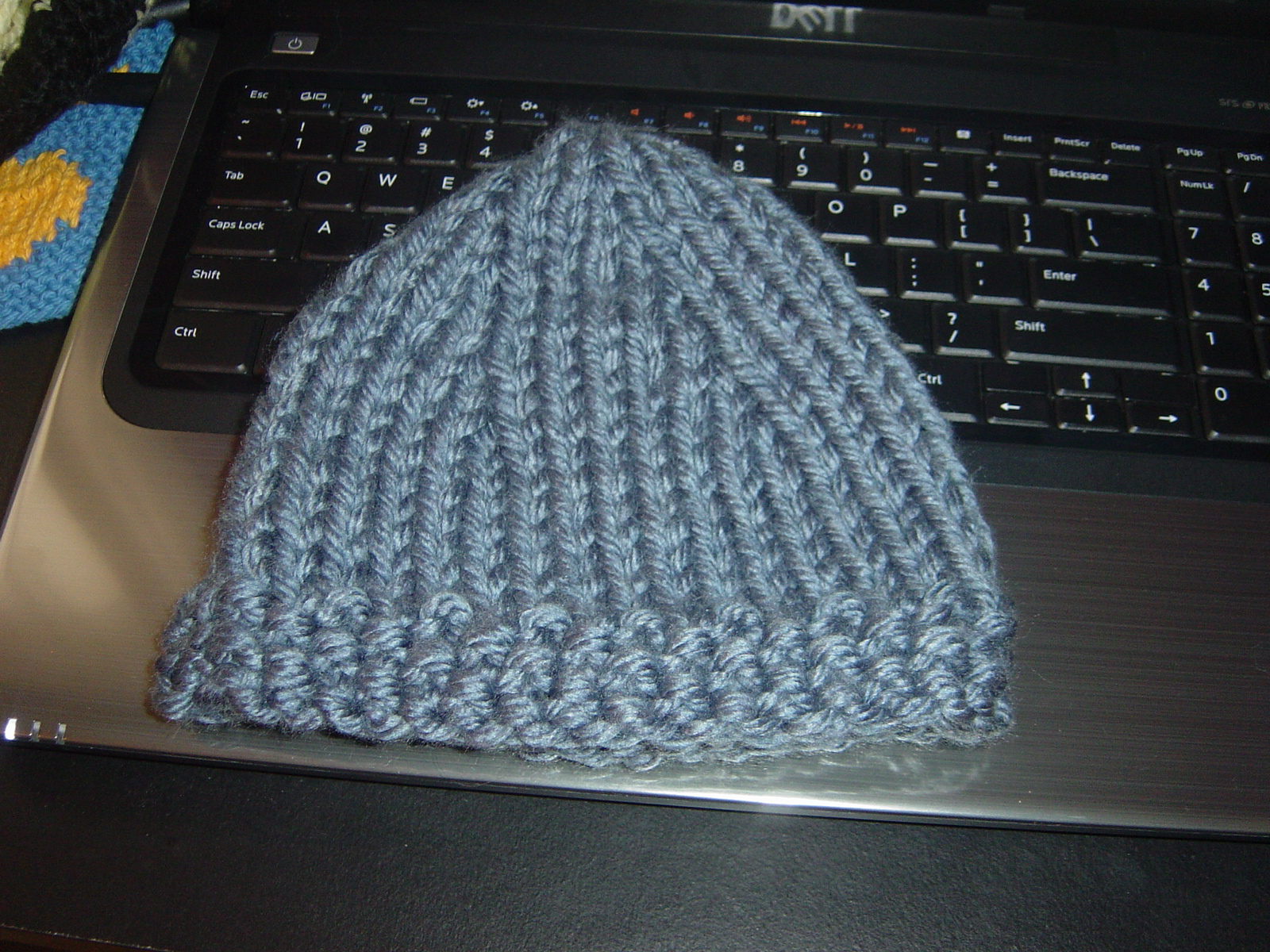 anyone have a pattern for knitting a bulky yarn easy baby hat?
