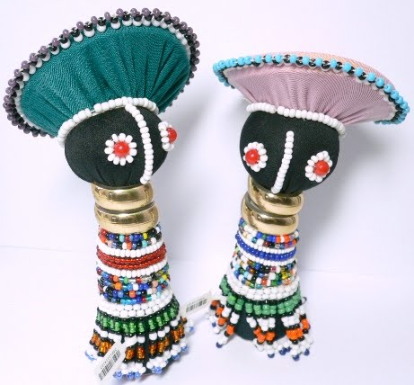 Talking with beadwork (ubuhlalu): messages of hope, love, and