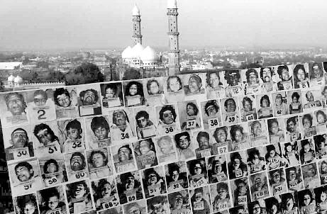 Bhopal+industrial+disaster+gas+photo