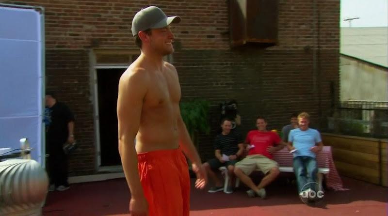 Frank Neuschaefer Shirtless on The Bachelorette s6e03