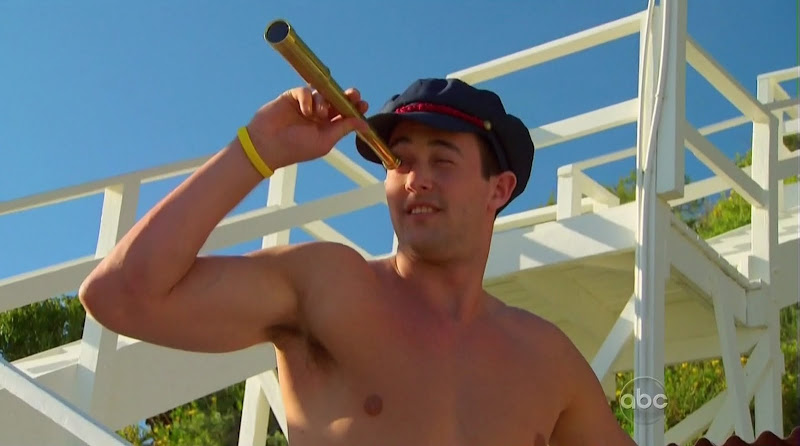 Tyler Vermette Shirtless on The Bachelorette s6e02