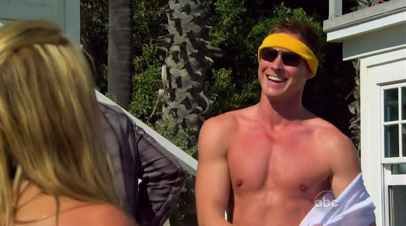 Kasey Kahl Shirtless on The Bachelorette s6e02