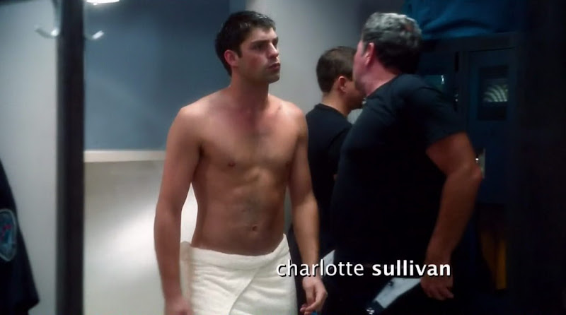 Travis Milne on Rookie Blue s1e05
