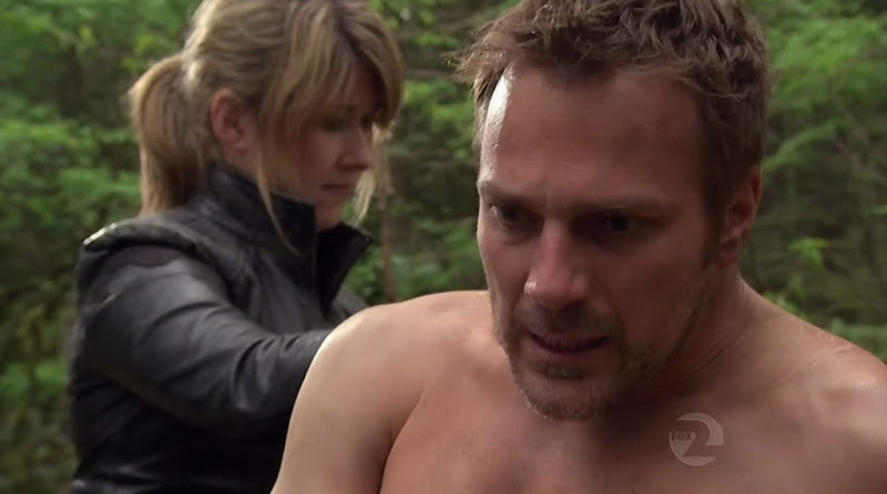 Mike Dopud Shirtless on Stargate Atlantis s5e09