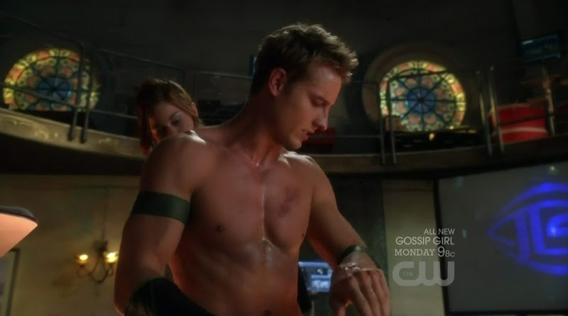 Justin Hartley Shirtless on Smallville s10e07