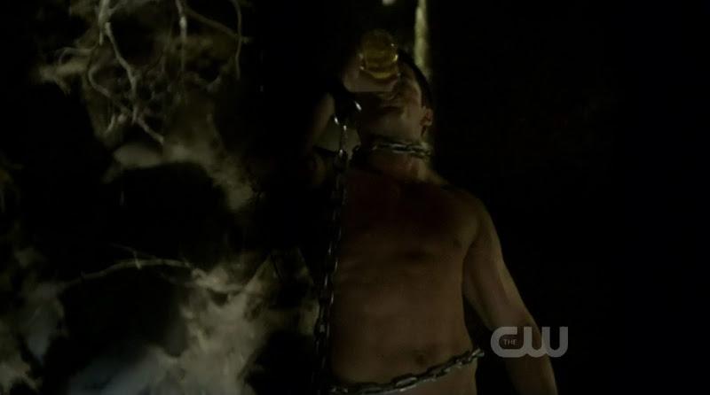 Michael Trevino Shirtless on The Vampire Diaries s2e11