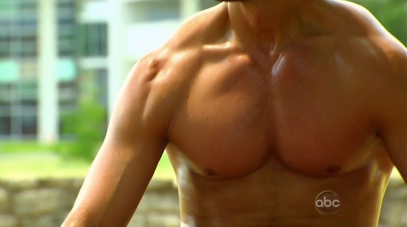 Brad Womack Shirtless on The Bachelor s15e01